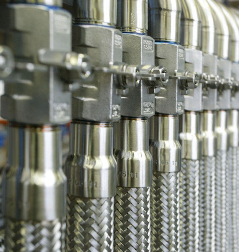 nikare-distribucion-tubos-flexibles-03